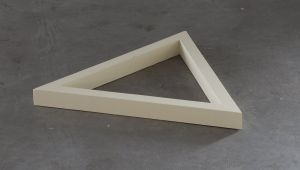 Chloe Op de Beeck, Two triangular and one almost triangular shape